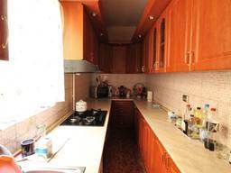 Квартира площадью 91кв. м. , состоящая из 3-х комнат.