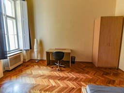 Продам 2-x комнатную квартиру, 83 м²